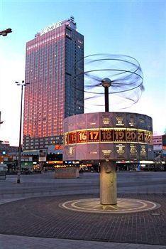 Park Inn by Radisson Berlin Alexanderplatz | Radisson hotel, Park, Hotel