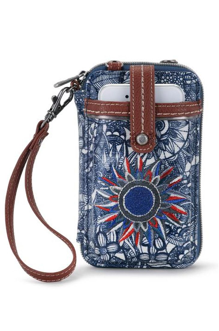 buy online 3ebf0 ccf4d Pin by Sakroots on New Arrivals   Crossbody wallet, Wristlet wallet ...