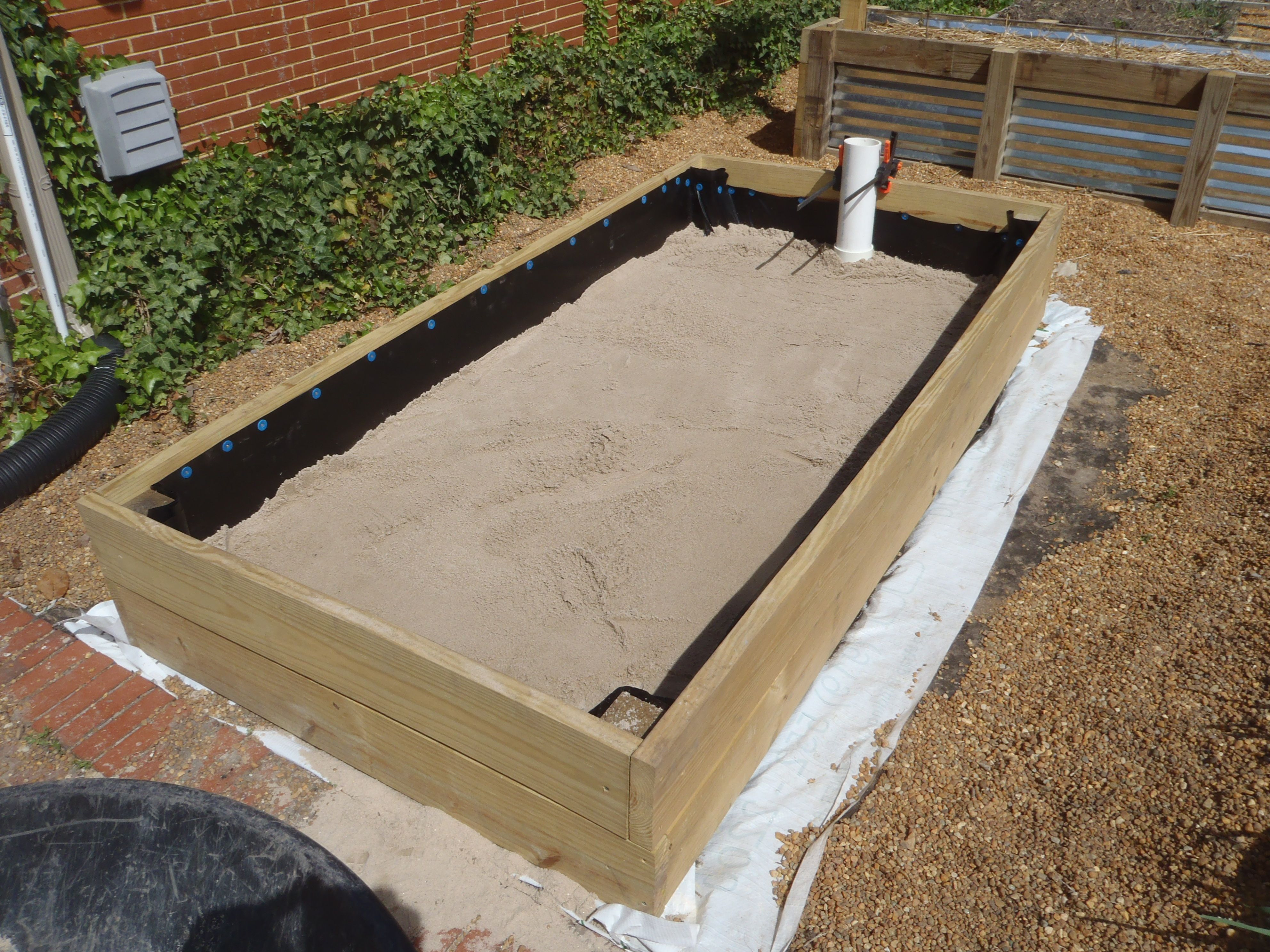 This is our 4 39 x8 39 wicking bed our version of a large for Hydroponic bed liner