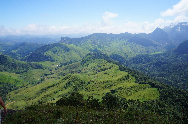 Vista a partir do Bico Maior do  Morro Dois Bicos, Parque Estadual dos Três Picos, Teresópolis