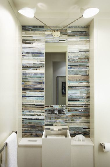 Douglas design studio toronto canada interior for Small bathroom design toronto