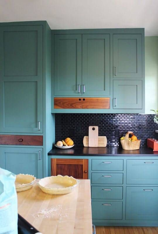 10 Kitchen Designs That Will Make You Want Colorful Cabinets Endearing 10 By 10 Kitchen Designs Decorating Design