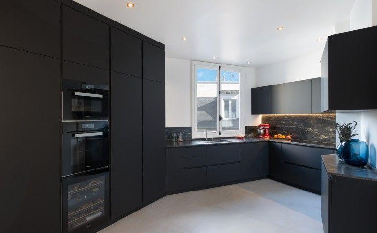 Cucina parigi fenix ntm nero granito black cosmic elettrodomestici miele foto di - Cucine su misura compresa di elettrodomestici prezzi ...