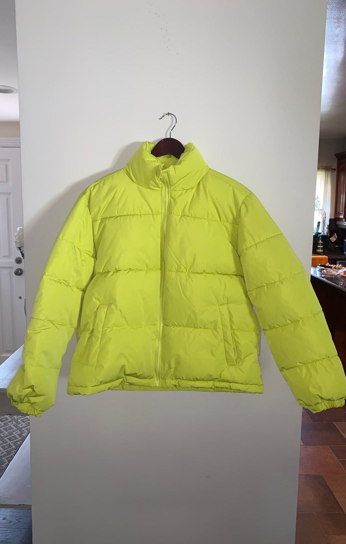 Forever 21 Neon Puffer Jacket In 2021 Puffer Jackets Jackets Clothes [ 1886 x 1200 Pixel ]