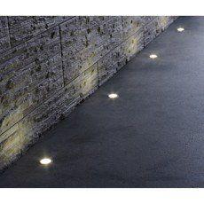 Les Produits Les Conseils Et Les Idees Pour Le Bricolage La Decoration Et Le Jardin Leroy Merlin Spots Spot Encastrable Spot Escalier
