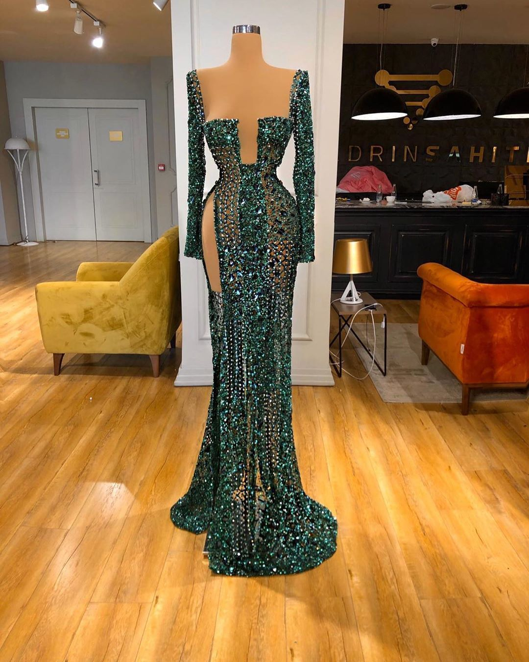 Stunning Valdrin Sahiti Custom Couture Gown Find The Perfect Gown With Pageant Planet Browse All Of Our Beautiful In 2020 Pageant Dresses Gowns Dresses Prom Outfits