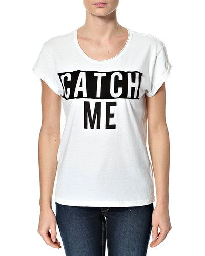 ONLY CATCH/BADGE S/S TOP – 'Catch' t-shirt – Råhvid