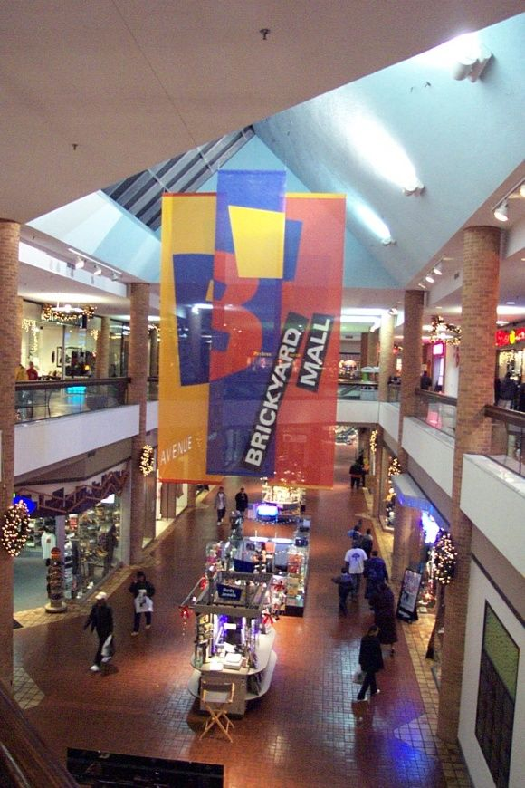 suburban regional shopping malls The stories and history behind the great era of store chains that defined retail  the history of many now dead malls pictures, articles, etc.