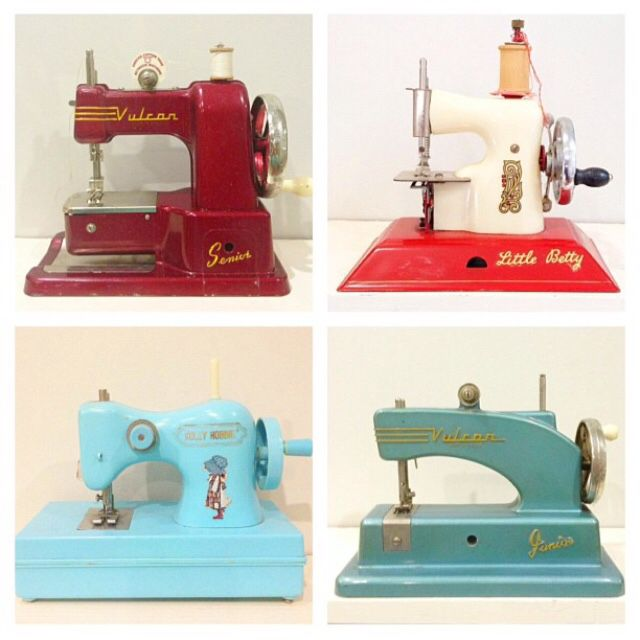 Collection of vintage toy sewing machine which I love!