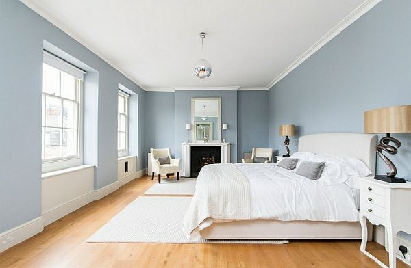 Schlafzimmer Hellblau ~ Schlafzimmer im ganzen weiße möbel wandfarbe und bilderrahmen