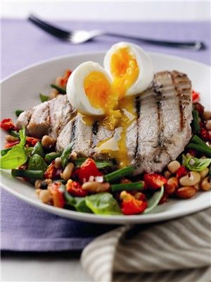 Recipe: Seared tuna steak with three-bean salad and a soft boiled egg