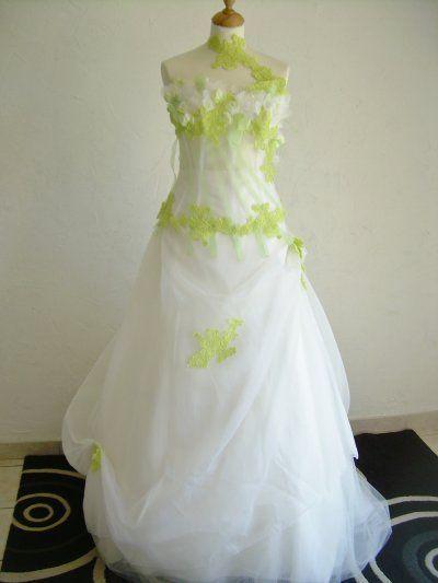 Robe De Mariee Vert Anis Et Blanc Mariage Vert Et Blanc