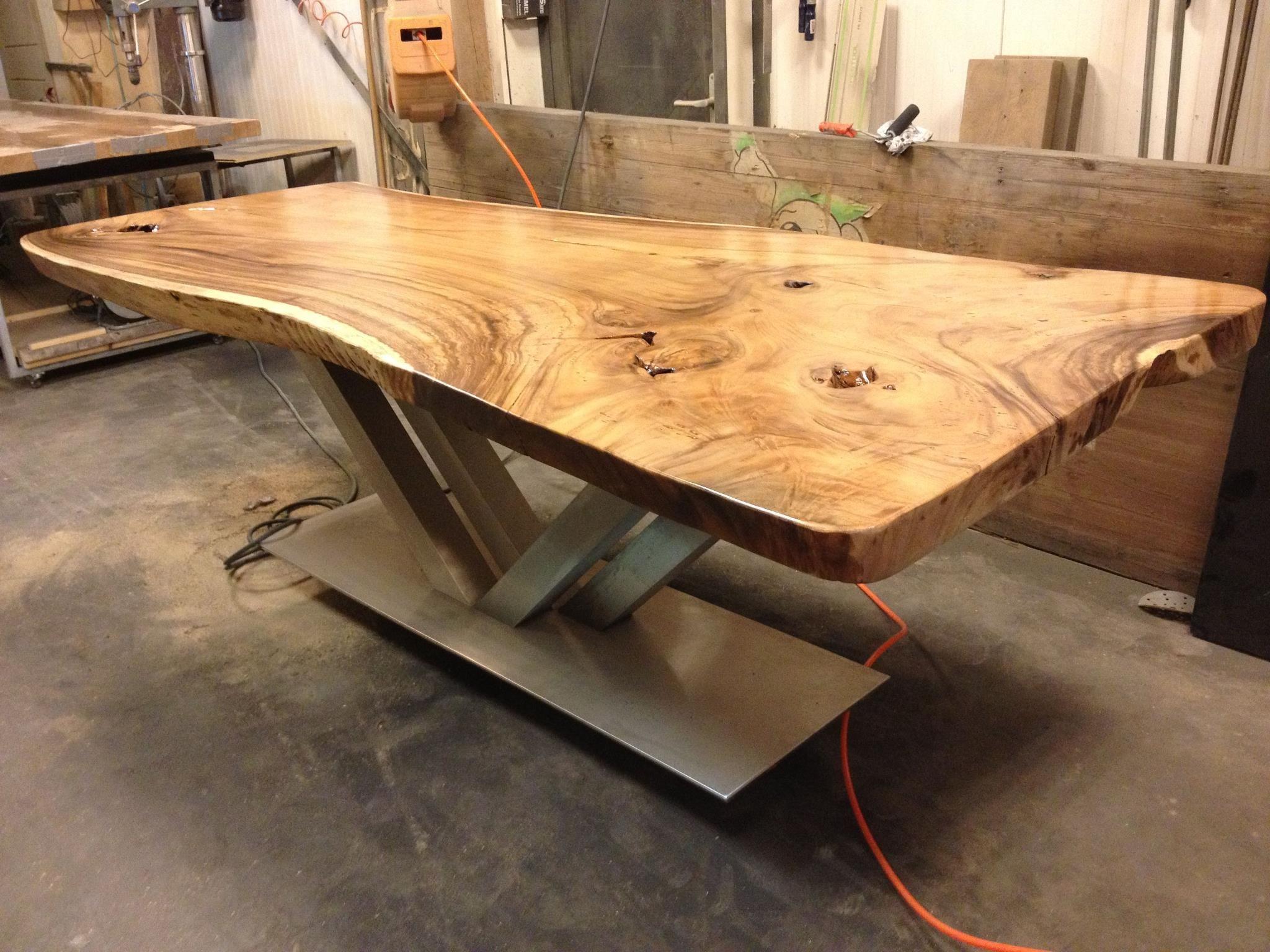 Zwaartafelen i beeldschone tafel van zwaartafelen i