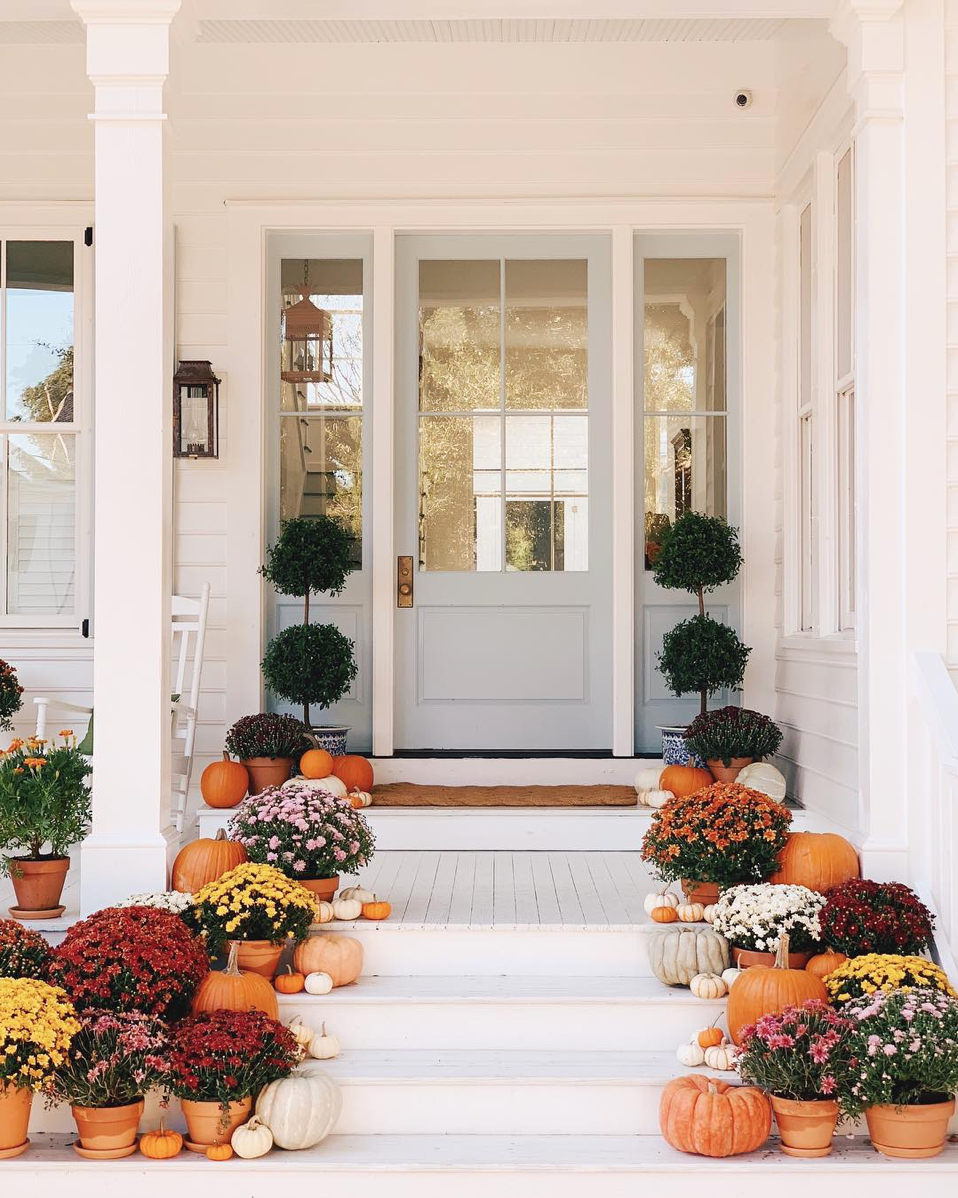 Fall Front Porch Décor Ideas and Inspiration | Glitter, Inc.