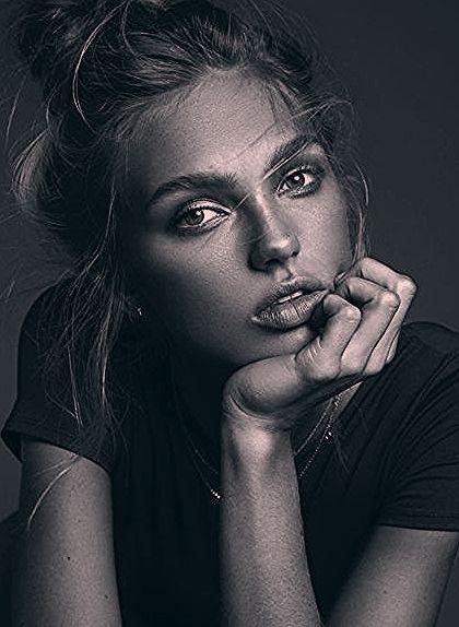 Schwarzweiss-Porträt  #BodyArtPhotography #portrat #schwarzweiss