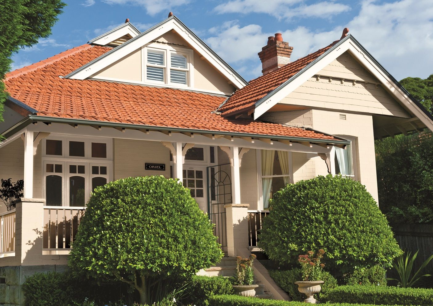 Best Dark Gutters White Paint And Terra Cotta Tiles Exterior 400 x 300