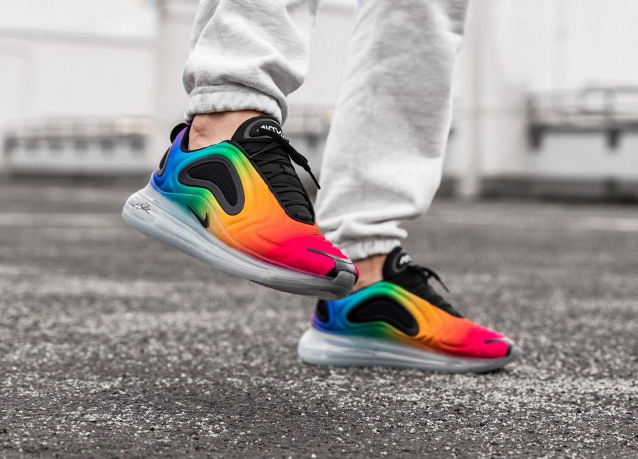 Nike Air Max 720 *BETRUE* (Multi Color Black White