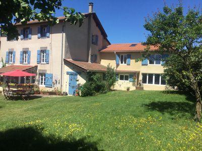 Vente Propriete Avec Gites Et Chambres D Hotes En Auvergne Gite Maison D Hotes Chambre D Hote