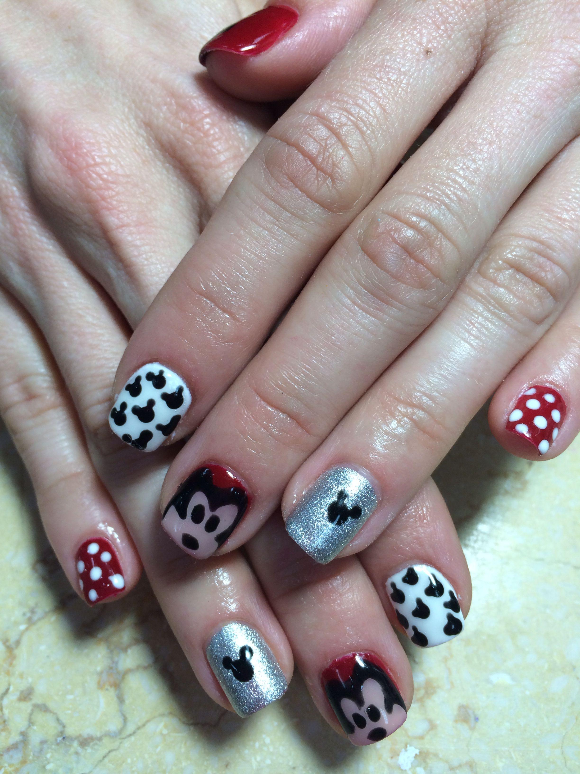 Disney land nails design ;)