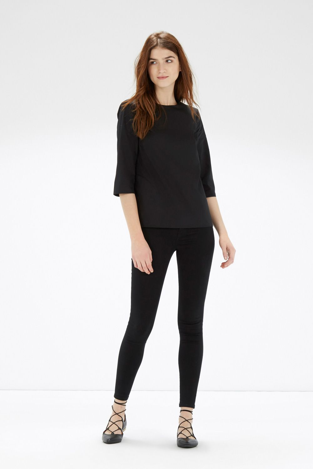 This relaxed fit top is constructed from soft cotton fabric and features a round neck, 3/4 length sleeves and an exposed zip on the back. Height of model shown: 5ft 10 inches/178cm. Model wears: UK size 10.