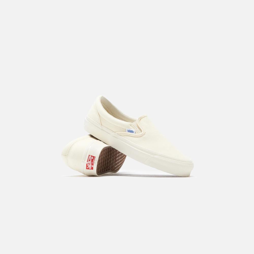 Vans Og Classic Slip On Lx Triple White Vans Vans Classic Slip On Sneaker Slip On