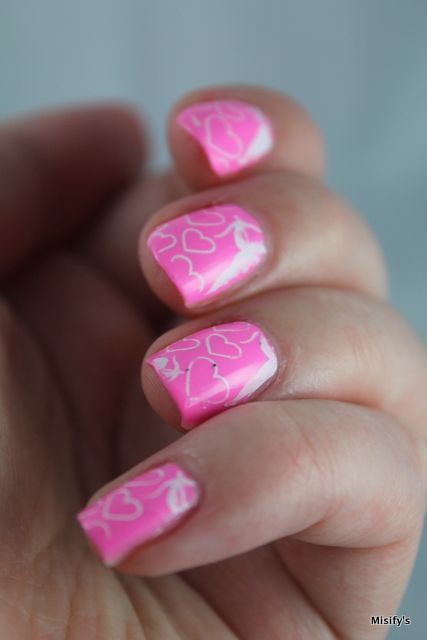 Neonpink nails: China Glaze - Bottoms Up / Konad - White / Cheeky - European Romance