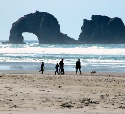 Rockaway Beach Oregon The Ocean Travel