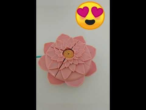 Polly Pocket Pink Lotus Flower Magical Lily Pad Spray Fountain