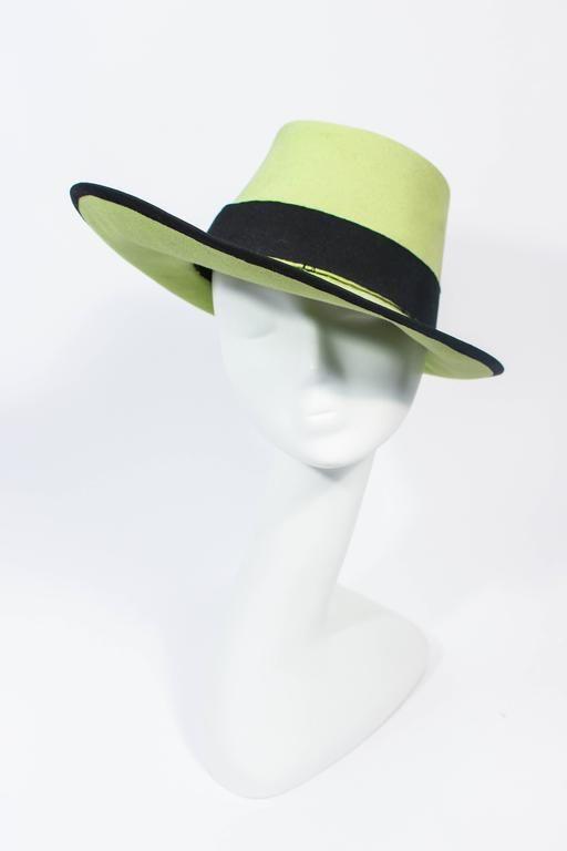 94b83385742 YVES SAINT LAURENT Rive Gauche Runway Abstract Green Top Hat 1975-99