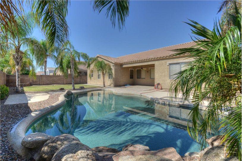 10329 E Irwin Avenue, Mesa, AZ 85209 — Beautiful 4 bedroom