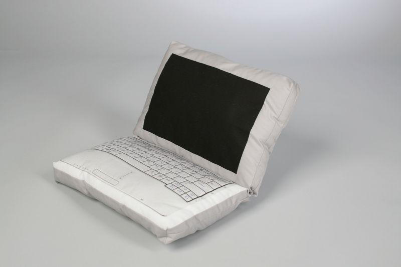 laptop pillow for little nap