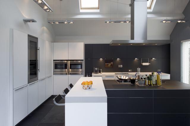 Bulthaup B3 Keuken : Stil ontwerp bulthaup b keuken alpine wit en aluminium grijs