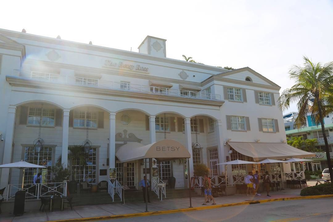 The Betsy Rose hotel on Ocean Drive