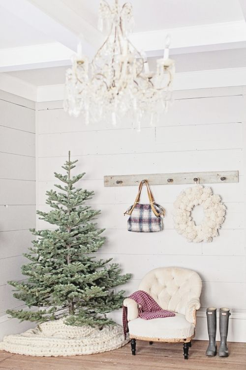 I need that tree skirt!