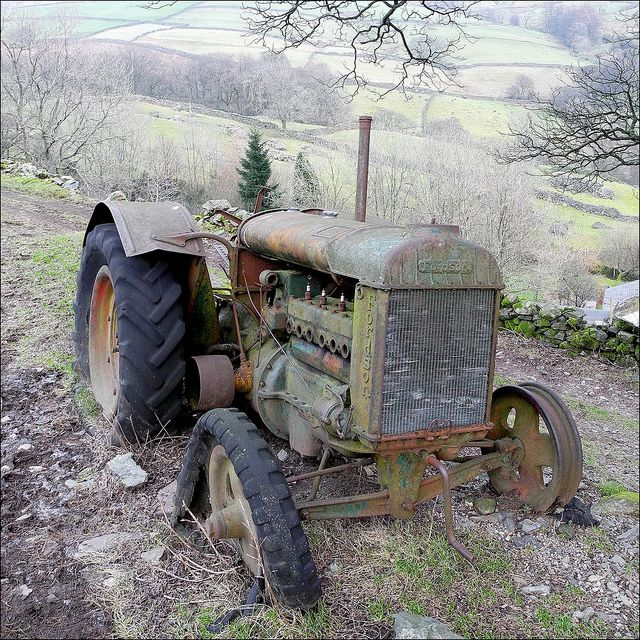 Back To Nature Tractors Old Tractors Abandoned