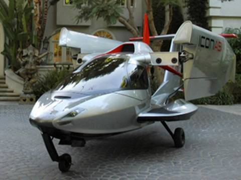 97 A Plane You Can Park In The Garage The Icon A5 Youtube Vintage Aircraft Amphibious Aircraft Aircraft