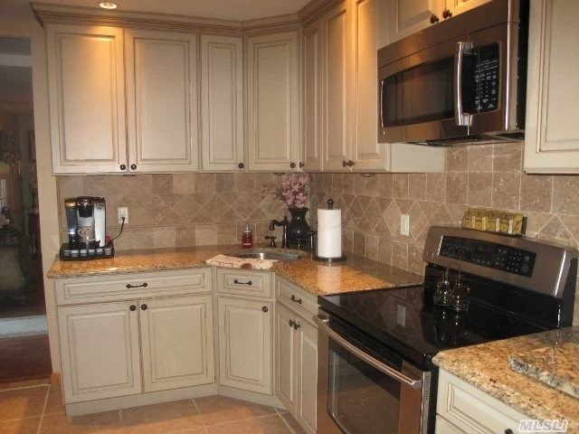 Levittown Ny 11756 Kitchen Remodel Home Home Remodeling