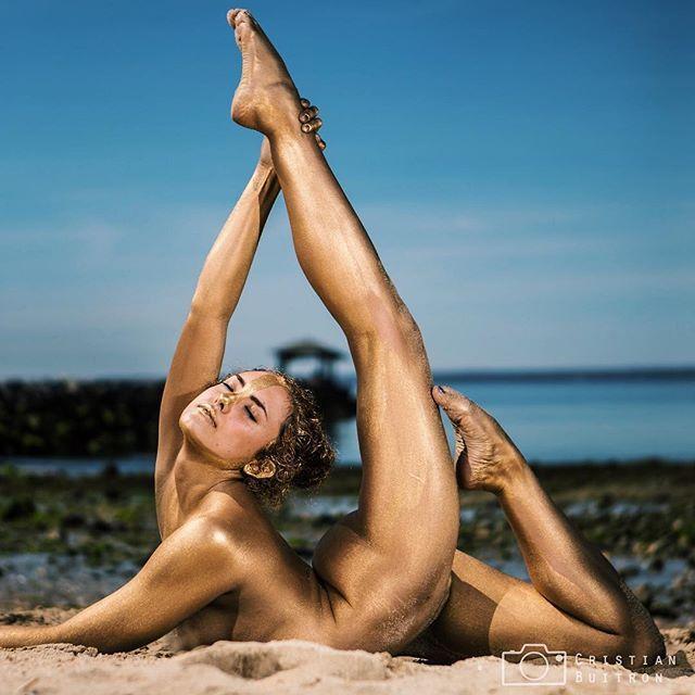 Girls greek girls naked in the sun hispanics