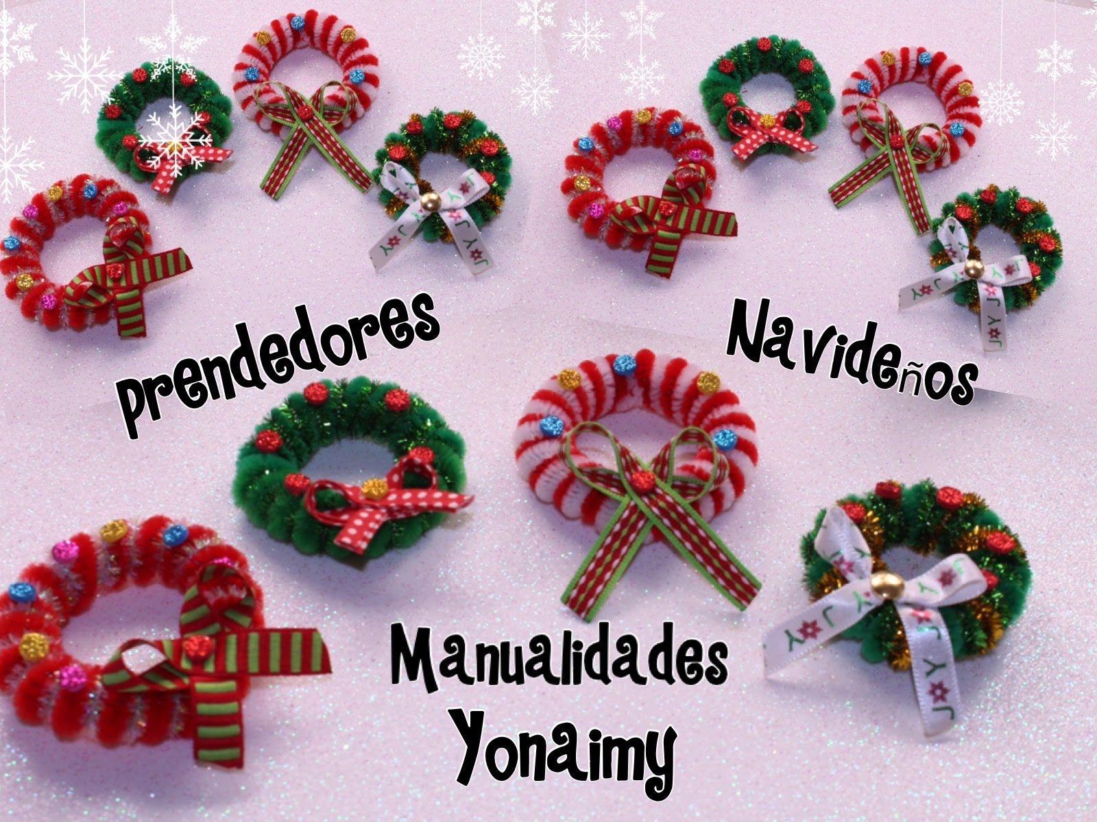 Coronas navide as hechas con limpia pipas para usar como - Como hacer coronas de navidad ...