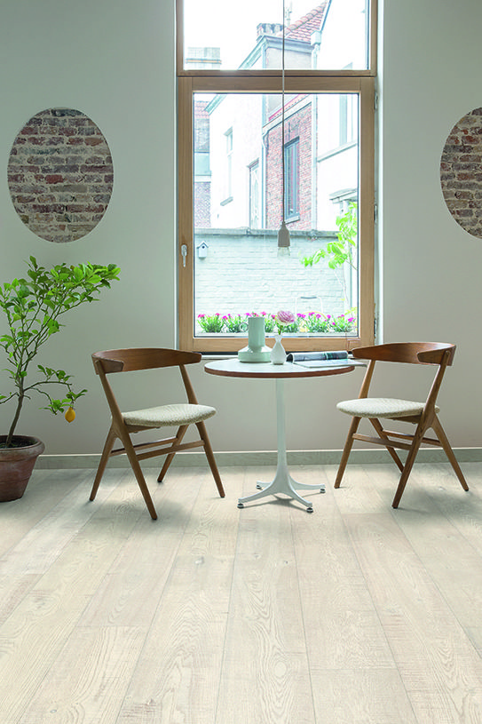 Finding The Perfect Dining Room Flooring Dining Room Floor Country Living Room Design Living Room Flooring