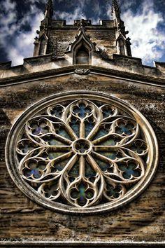 57cc333092d7 gothic church windows」的圖片搜尋結果   Horror Broadcast Design ...