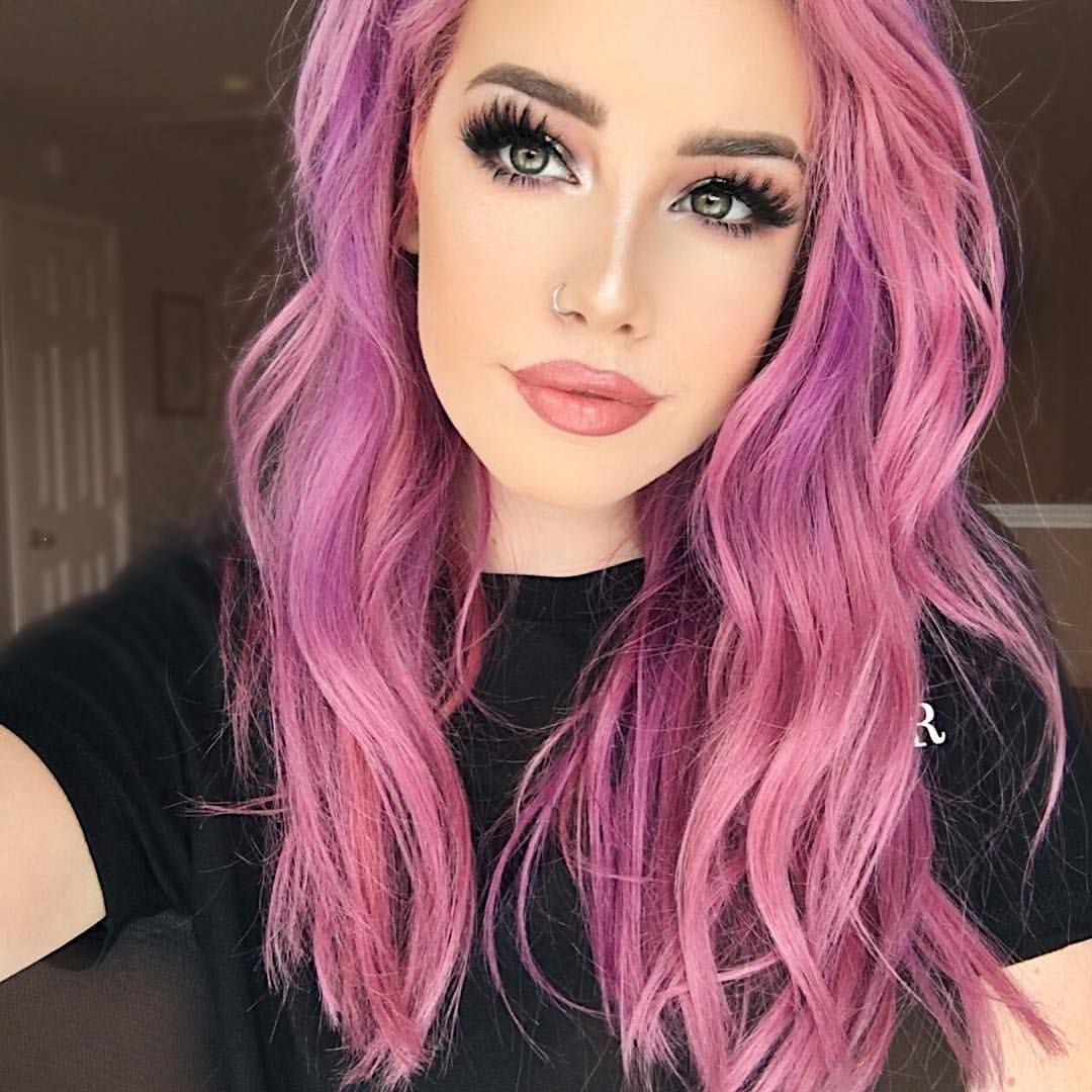 13 1k Likes 156 Comments Hailie Hailiebarber On Instagram Every Time I Change My Hair I Like To Mix Up My Br Hair Color Pink Pink Ombre Hair Dyed Hair