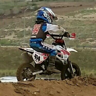 Kaydin Worton  K-Dawg  this kid can race.