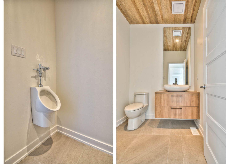 Salle De Bain A L Etage Avec Urinoir Pour Homme Maison Construction Neuve Salle De Bain