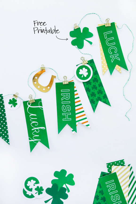 4fc376578fe Free Printable St. Patrick s Day Banner via  PagingSupermom