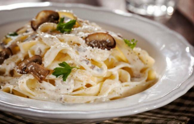 Espaguetis Con Salsa De Setas Thermomix Recetas De Pasta Tm31 Tm5 Esta Salsa De Setas X2f Boletus X2 Salsa De Setas Recetas De Pastas Comida Sana Recetas