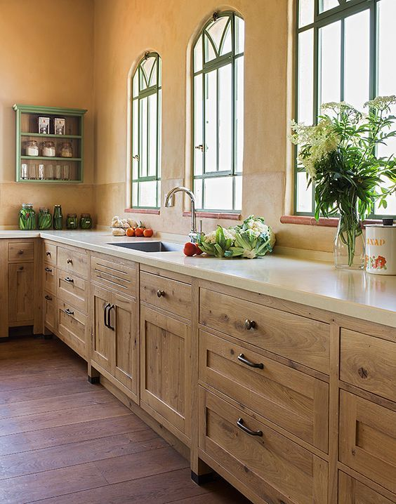 French Oak Country Style Kitchen By Touchwood Fine Traditional Woodwork מטבח כפרי