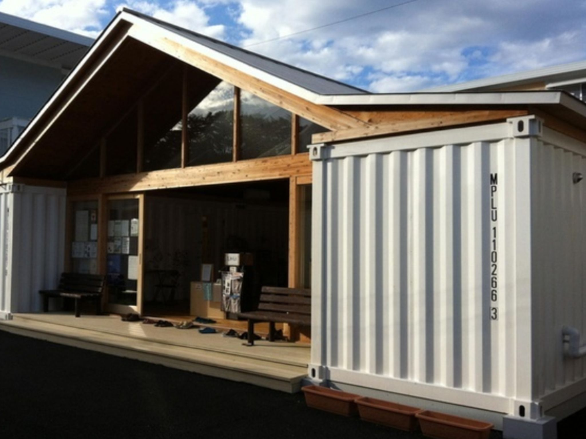 Container Haus Selbstbau Starter Container Home In 2019 Cargo Container Homes Storage