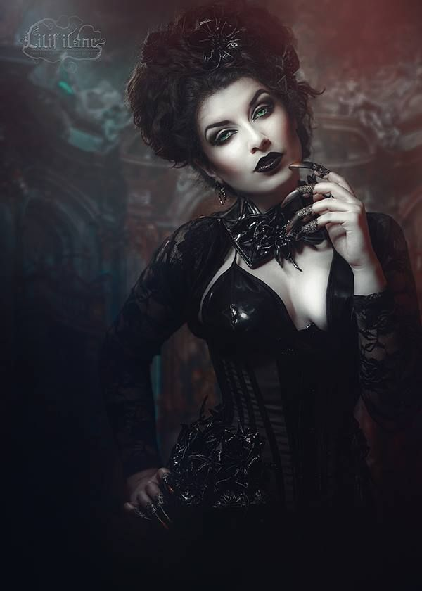 Model: La Esmeralda Photo, claws: Lilif Ilane Artwork Corset & neck corset: Royal Black Couture & Corsetry Earrings: Alchemy Gothic Welcome to Gothic and Amazing |www.gothicandamazing.org