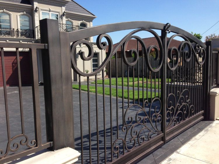 Cremona Gate Large Driveway Gate In 2019 Steel Gate